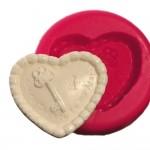 Cesil Anahtarlı Kalp Silikon Kalıbı (7*6cm)